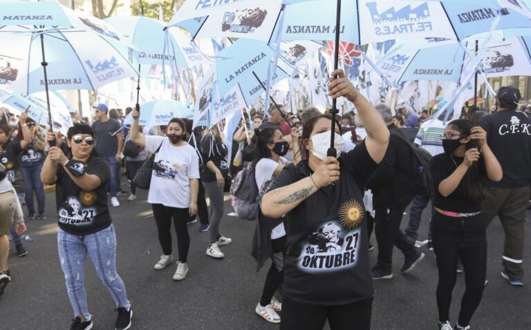 El peronismo volvió a las calles con marchas y festejos en toda la Argentina por el 17 de octubre